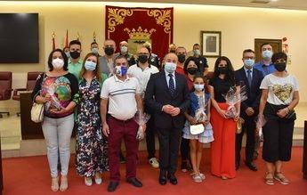 """El alcalde de Albacete mostró su """"agradecimiento profundo"""" a las 12 personas reconocidas por la Policía Nacional"""