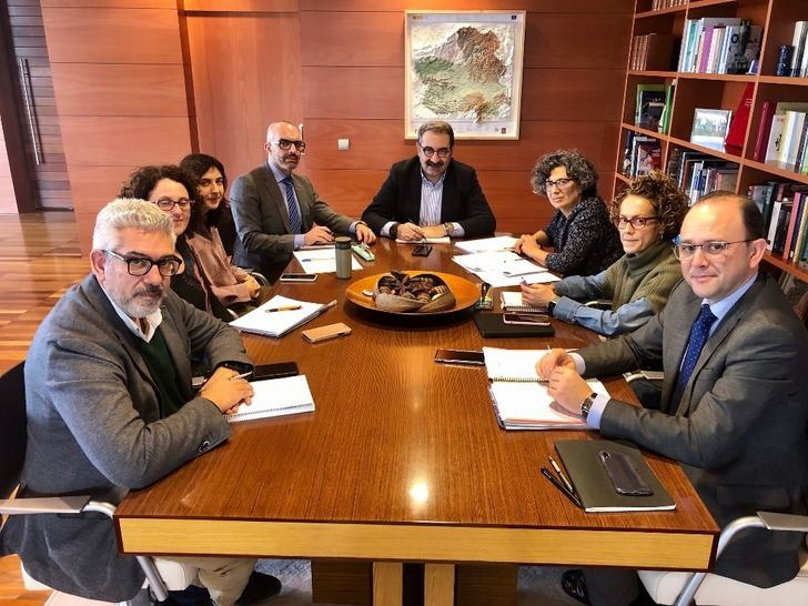 Castilla-La Mancha pone en funcionamiento un grupo de trabajo sobre infecciones para informar de enfermedades emergentes