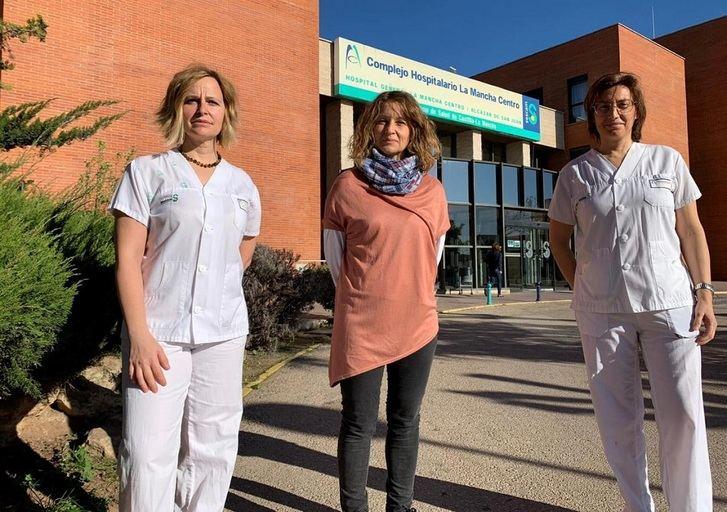 Enfermeras del Hospital de Alcázar, premiadas por investigar la influencia de las nuevas tecnologías en los hábitos de sueño de los adolescentes