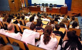 Los exámenes de Enfermería cierran este fin de semana la oferta de empleo público de 2016 del SESCAM