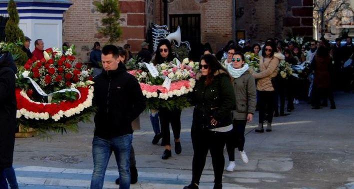 Imagen de archivo del entierro de la persona asesinada.