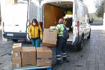 300.000 artículos de protección han llegado esta semana a los centros sanitarios de Castilla-La Mancha
