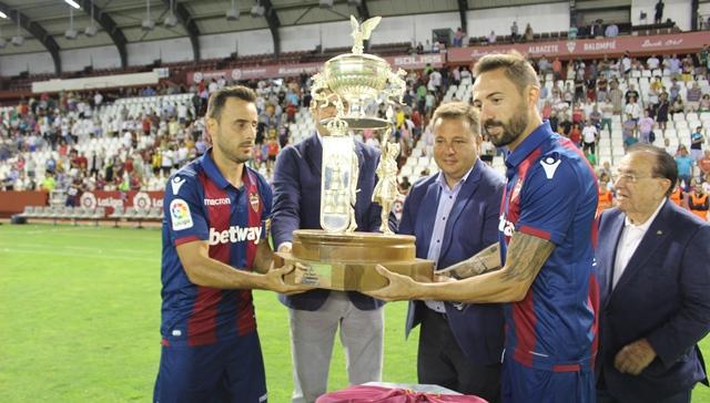 El Levante conquistó el Ciudad de Albacete en la tanda de penaltis (2-2)