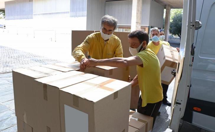 La Junta de Castilla-La Mancha entrega a los centros sanitarios más de 776.000 artículos de protección