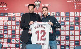 Erice y el director técnico del Albacete.