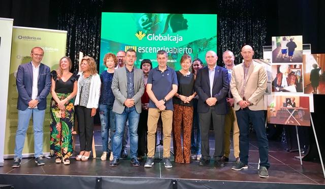 Globalcaja entrega en su stand 'Escenario Abierto' de la Feria de Albacete los premios de fotografía de Trabajo Social