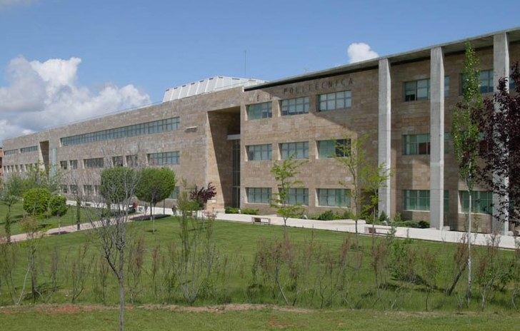 La UCLM aprueba 234 plazas en la Oferta de Empleo Público de 2018