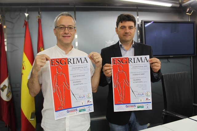 El Ayuntamiento de Albacete apoya la esgrima y destaca el nivel de los campeonatos que se disputan en el pabellón Feria