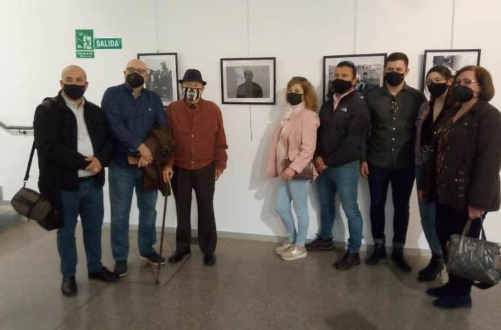 Exposición del fotógrafo local 'Luis el retratista' en el MUS de Hellín