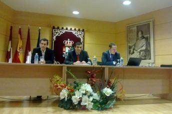 Especialistas debaten en la Universidad regional la Ley de Emprendedores desde la óptica jurídica