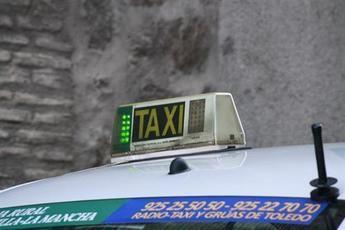 Taxistas de Castilla-La Mancha se harán cargo del transporte escolar y cobrarán de la Junta