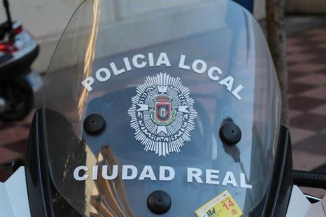 Muere una mujer de 50 años en Ciudad Real tras colisionar la moto que conducía con un coche