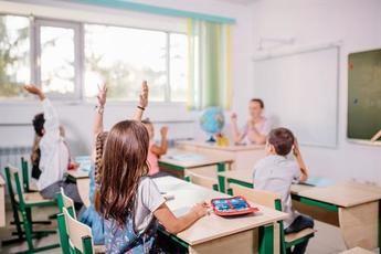 Castilla-La Mancha resuelve que el horario del profesorado será presencial en el centro, salvo indicaciones de Sanidad