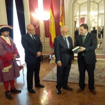 Francisco Núñez presenta los actos de la Batalla de Almansa en la sede de las Cortes de Valencia