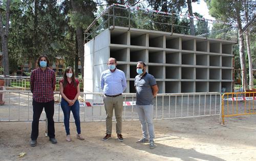 El Ayuntamiento de Almansa comienza las obras del cementerio con la construcción de hasta 400 nichos