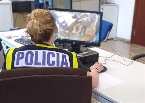 Detenidas 4 personas por compartir 'stickers' de pornografía infantil en varias provincias, entre ellas Toledo