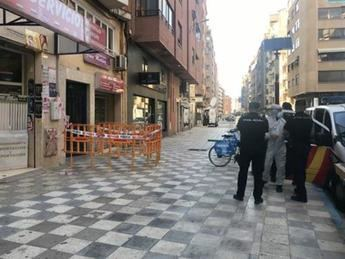 Los tres ingresados por el brote de Albacete evolucionan bien y Sanidad lo da por controlado