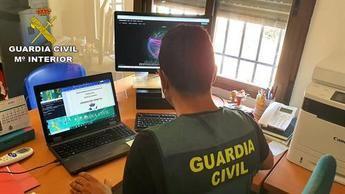 La Guardia Civil de Guadalajara desmantela una organización criminal responsable de estafar 55.500 euros por internet