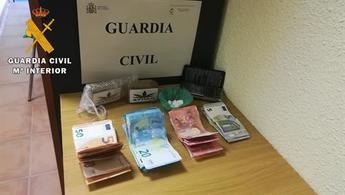 Detenido un hombre en Camuñas (Toledo) por transportar en su coche hachís y cocaína