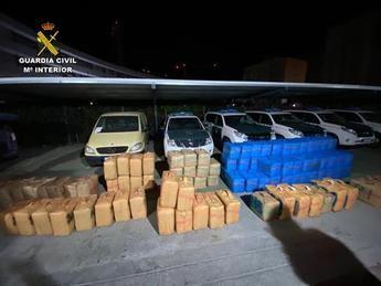 16 detenidos por introducir hachís en Almería y proporcionar vehículos en Toledo