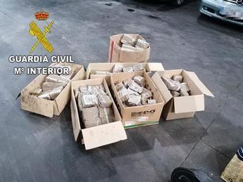 Detenido un joven de 26 años en Tembleque (Toledo) por llevar 82 kilos de hachís ocultos en el coche