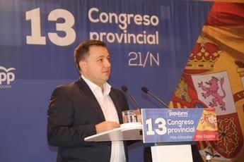Manuel Serrano, presidente del PP de Albacete con el 98,08 por ciento de los votos