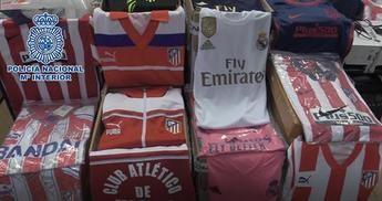 Dos detenidos en Toledo por falsificar casi mil prendas de equipos de fútbol
