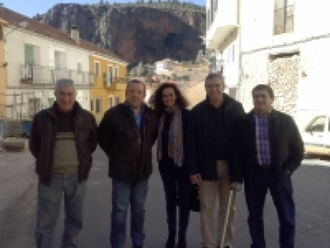 Vicente Aroca y Carlota Romero, con el PP de Ayna