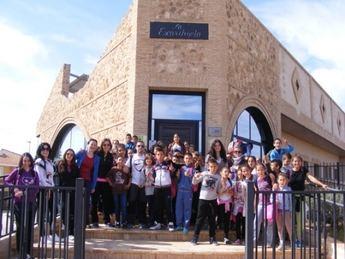 Visita de alumnos del Colegio Entre Culturas a Minateda
