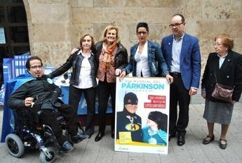 La cuestación del Día Mundial del Parkinson contó con Carmen Bayod