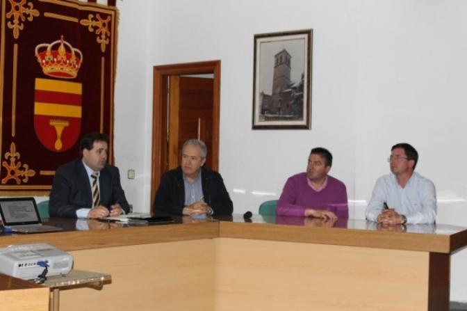 Francisco Núñez explica en la localidad de Villamalea la nueva PAC