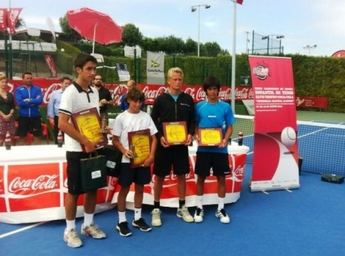 El tenista albaceteño Carlos Sánchez Jover alcanza la final del Campeonato de España infantil