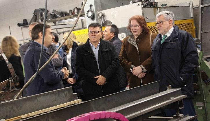 La Junta aprobará esta semana la inversión de 20 millones para renovar equipos en centros educativos