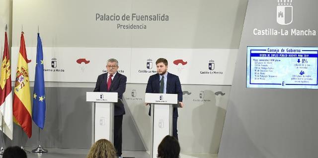 Aprobada la distribución de especialidades de las 1.050 plazas de las oposiciones de docentes para 2019 en Castilla-La Mancha