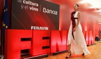 Los profesionales analizan en FENAVIN la importancia de sector vitivinícola para mantener a la población