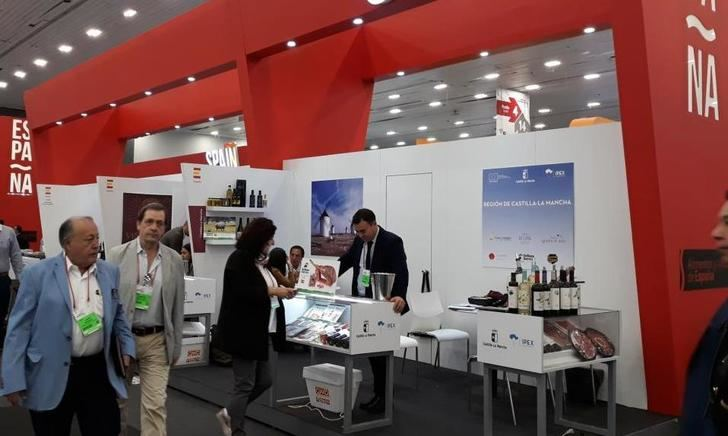Ocho empresas agroalimentarias de Castilla-La Mancha particparon en la feria Expo 'Antad & Alimentaria' en México