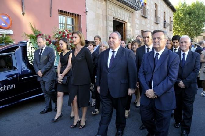 Talavera de la Reina daba su último adiós al que ha sido su alcalde durante estos tres últimos años, Gonzalo Lago