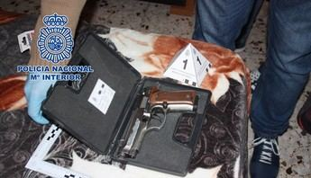 Detenidas cinco personas por vender a una joven a cambio de 2.000 euros