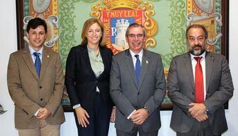 Toma de contacto de la UCLM con empresarios y comerciantes de La Roda