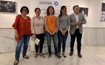 Inaugurada la exposición 'XXII Premio de Fotografía Humanitaria Luis Valtueña' organizada por la ONG Médicos Mundi
