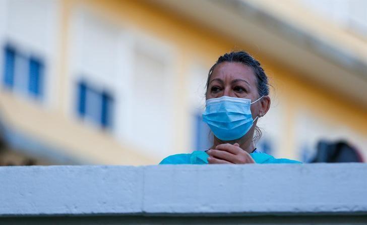 España registra 117.710 contagiados y casi 11.000 muertos por coronavirus