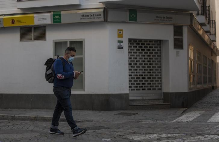Los trabajadores temporales en paro en estado de alarma podrán pedir una ayuda de 430 euros