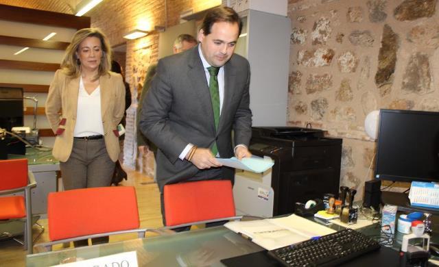 Francisco Núñez registrado las propuestas del PP.