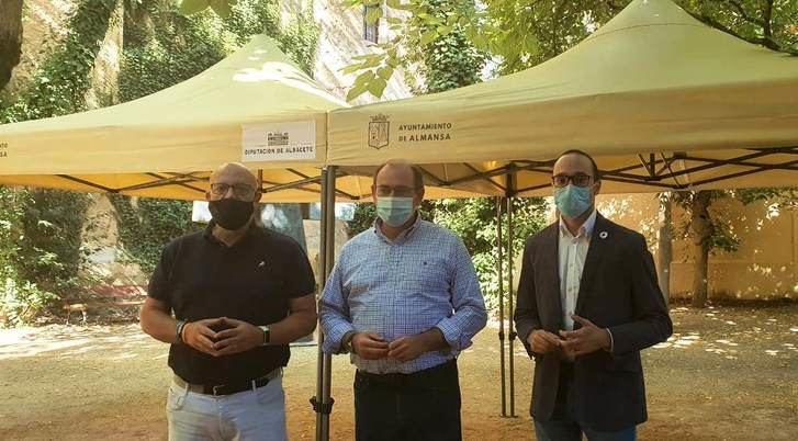 """Acuerdo entre Diputación de Albacete y Ayuntamiento de Almansa para ofrecer una imagen corporativa """"fácilmente identificable"""""""