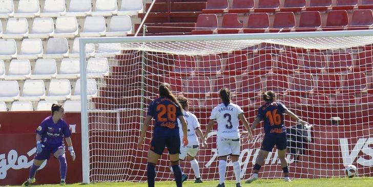El Valencia somete al Fundación Albacete con un doblete de Coleman (0-2)