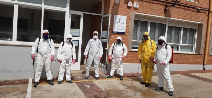 Limpieza del Geacam en el centro de salud de Bogarra y dos edificios de Asprona en Albacete