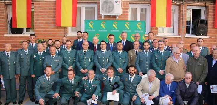 La Comandancia de la Guardia Civil de Albacete condecora a guardias desplazados a Cataluña