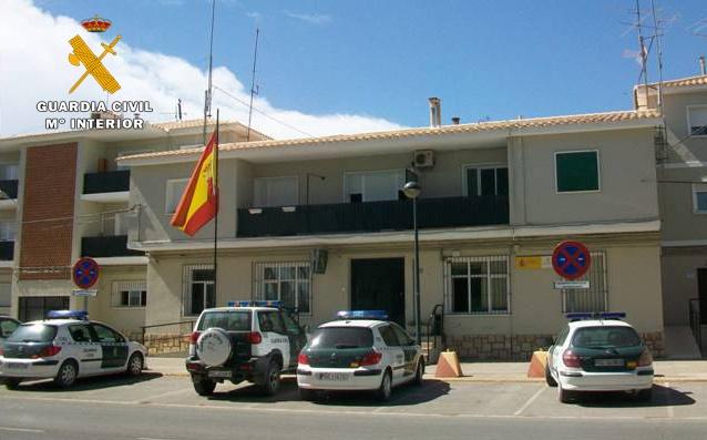 La Guardia Civil detiene a dos personas por un robo con violencia e intimidación en Almansa