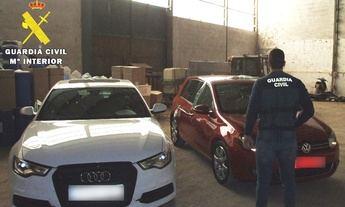 La Guardia Civil detiene a dos personas en Villarrobledo (Albacete) que tenían varios puntos de venta de drogas