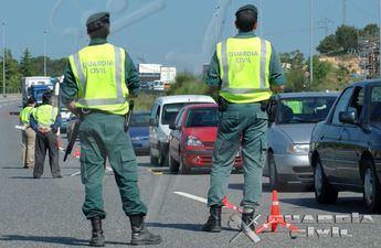 La Guardia Civil de Hellín inmoviliza un autobús porque el conductor iba drogado con cocaína